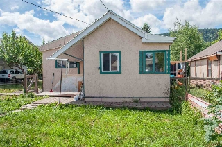 Main Photo: 3736 BROADWAY Avenue in Smithers: Smithers - Town House for sale (Smithers And Area (Zone 54))  : MLS® # R2186355