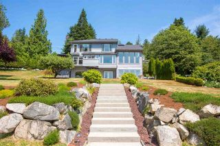Main Photo: 90 HEAD Road in Gibsons: Gibsons & Area House for sale (Sunshine Coast)  : MLS® # R2194939