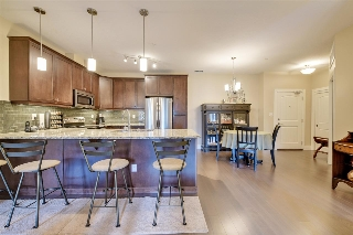 Main Photo: 154 6079 MAYNARD Way in Edmonton: Zone 14 Condo for sale : MLS® # E4079474