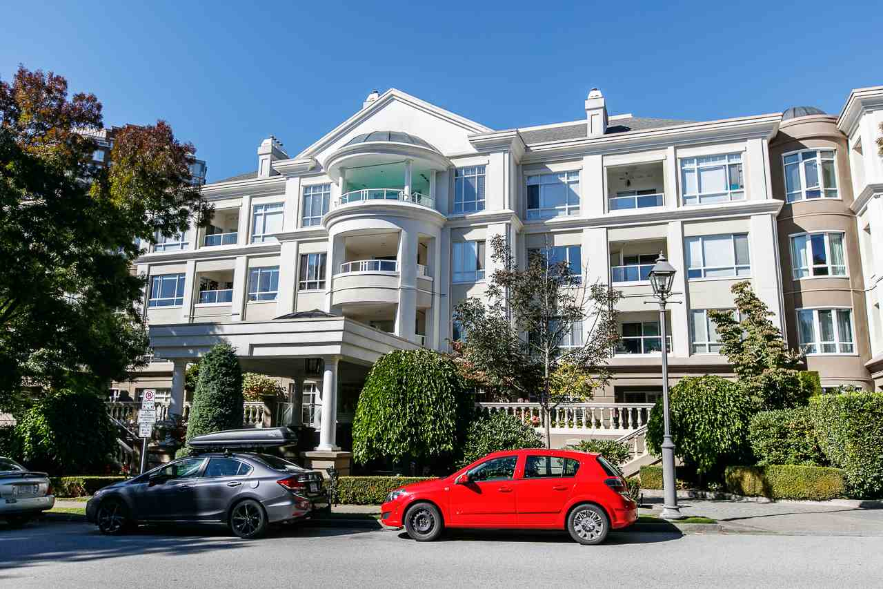 Main Photo: 231 5735 HAMPTON Place in Vancouver: University VW Condo for sale (Vancouver West)  : MLS®# R2209847
