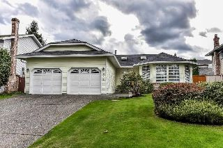 "Main Photo: 15758 93A Avenue in Surrey: Fleetwood Tynehead House for sale in ""BEL-AIR ESTATES"" : MLS® # R2214972"