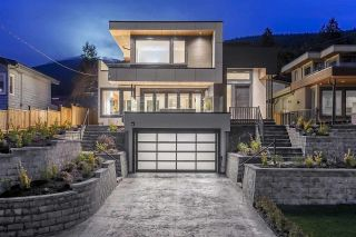 Main Photo: 194 E ROCKLAND Road in North Vancouver: Upper Lonsdale House for sale : MLS® # R2226651