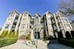 Main Photo: 407 20237 54 Avenue in Langley: Langley City Condo for sale : MLS® # R2237228