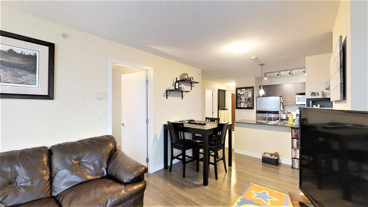 "Main Photo: 206 833 AGNES Street in New Westminster: Downtown NW Condo for sale in ""NEWS"" : MLS®# R2257630"