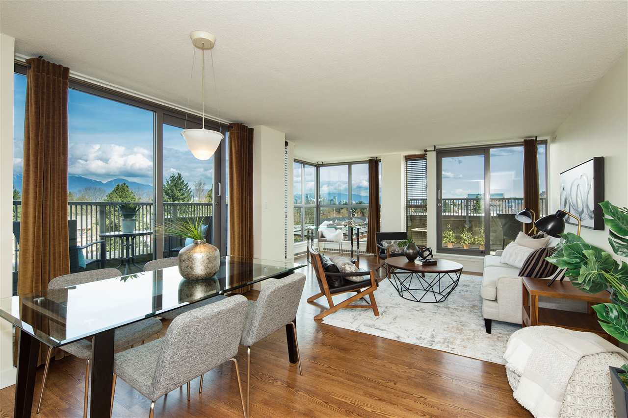 "Main Photo: 702 2483 YEW Street in Vancouver: Kitsilano Condo for sale in ""NEW POINTE TERRACE"" (Vancouver West)  : MLS®# R2264721"