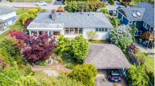 Main Photo: 937 WENTWORTH Avenue in North Vancouver: Forest Hills NV House for sale : MLS®# R2267887