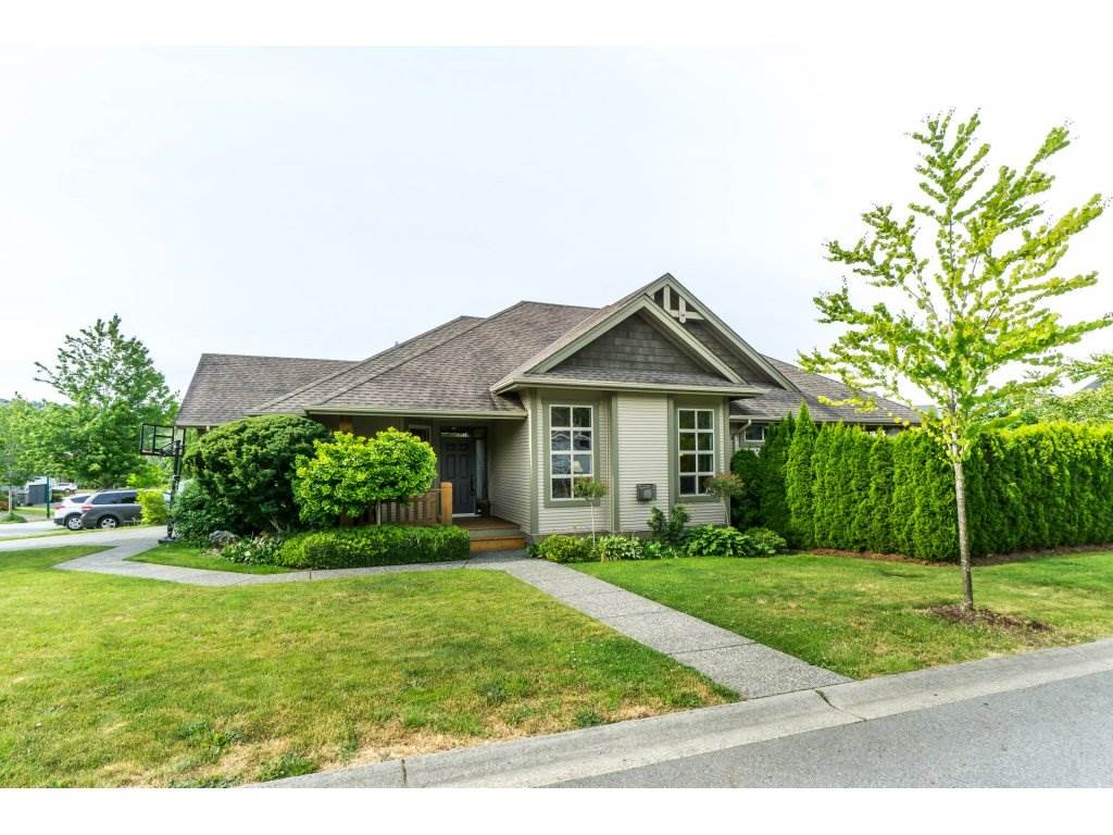 "Main Photo: 3855 CAVES Court in Abbotsford: Abbotsford East House for sale in ""Sandyhill"" : MLS®# R2278796"