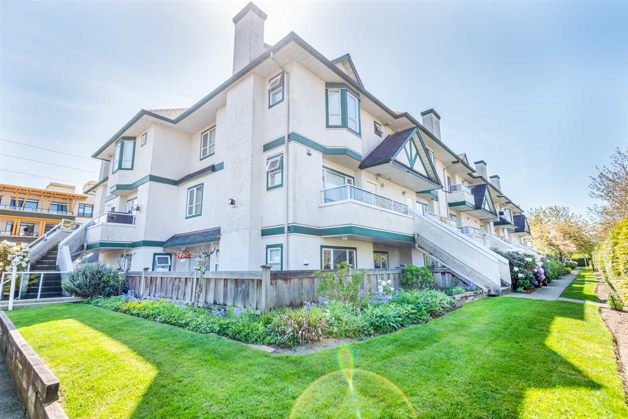 FEATURED LISTING: 216 - 3978 ALBERT Street Burnaby