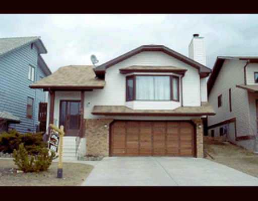 Main Photo:  in CALGARY: Hawkwood Residential Detached Single Family for sale (Calgary)  : MLS®# C2262247