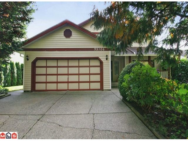Main Photo: 35106 MT BLANCHARD Drive in Abbotsford: Abbotsford East House for sale : MLS® # F1126142