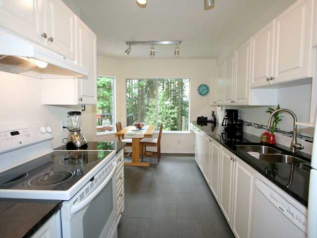 Photo 4: # 27 103 PARKSIDE DR in Port Moody: Heritage Mountain Condo for sale : MLS® # V1009143