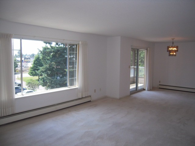 "Photo 3: 310 32145 OLD YALE Road in Abbotsford: Abbotsford West Condo for sale in ""Cypress Park"" : MLS® # F1400189"