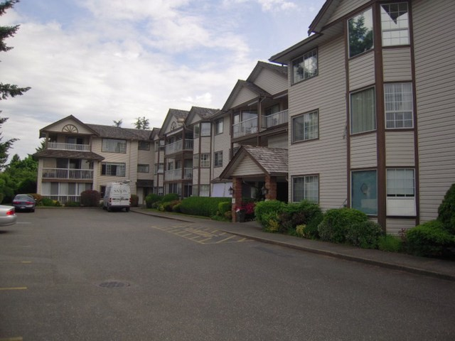 "Main Photo: 310 32145 OLD YALE Road in Abbotsford: Abbotsford West Condo for sale in ""Cypress Park"" : MLS® # F1400189"