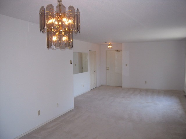 "Photo 4: 310 32145 OLD YALE Road in Abbotsford: Abbotsford West Condo for sale in ""Cypress Park"" : MLS® # F1400189"