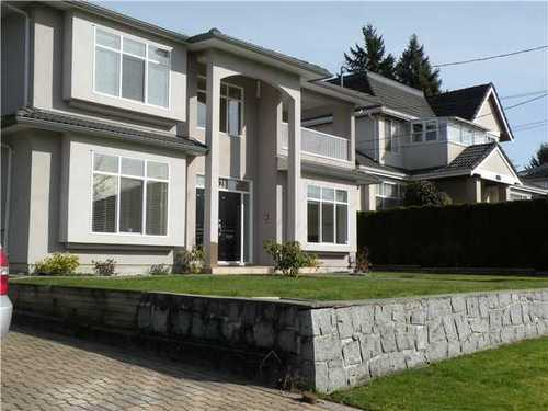 Main Photo: 432 12TH Street E in North Vancouver: Central Lonsdale Home for sale ()  : MLS® # V993895