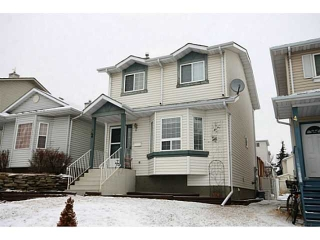 Main Photo: 52 HARVEST GOLD Heights NE in CALGARY: Harvest Hills House for sale (Calgary)  : MLS(r) # C3608304