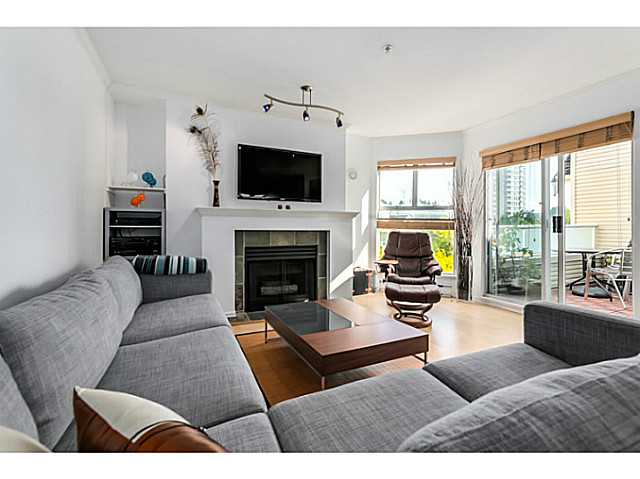 "Photo 7: 406 3628 RAE Avenue in Vancouver: Collingwood VE Condo for sale in ""Raintree Gardens"" (Vancouver East)  : MLS(r) # V1097542"