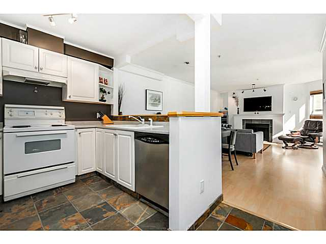 "Photo 10: 406 3628 RAE Avenue in Vancouver: Collingwood VE Condo for sale in ""Raintree Gardens"" (Vancouver East)  : MLS(r) # V1097542"
