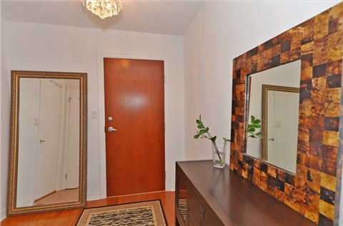 Photo 14: 1108 300 E Bloor Street in Toronto: Rosedale-Moore Park Condo for sale (Toronto C09)  : MLS(r) # C3188790