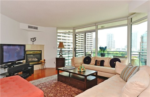 Photo 15: 1108 300 E Bloor Street in Toronto: Rosedale-Moore Park Condo for sale (Toronto C09)  : MLS(r) # C3188790