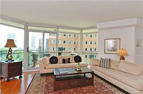 Photo 17: 1108 300 E Bloor Street in Toronto: Rosedale-Moore Park Condo for sale (Toronto C09)  : MLS(r) # C3188790