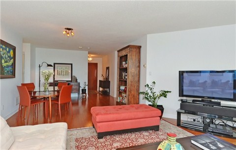 Photo 18: 1108 300 E Bloor Street in Toronto: Rosedale-Moore Park Condo for sale (Toronto C09)  : MLS(r) # C3188790