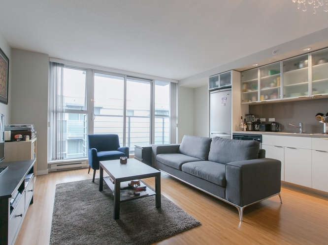 "Main Photo: 902 168 POWELL Street in Vancouver: Downtown VE Condo for sale in ""SMART"" (Vancouver East)  : MLS® # R2004131"