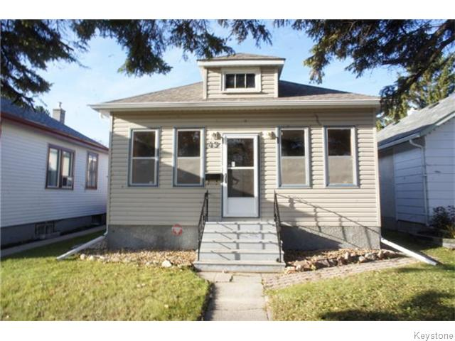 Main Photo: 49 Lloyd Street in WINNIPEG: St Boniface Residential for sale (South East Winnipeg)  : MLS® # 1529078