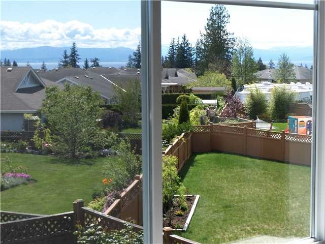 "Photo 6: Photos: 6353 WILLIAMS Place in Sechelt: Sechelt District House for sale in ""CASCADE"" (Sunshine Coast)  : MLS® # R2050789"