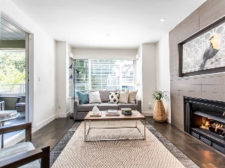 "Main Photo: 209 937 W 14TH Avenue in Vancouver: Fairview VW Condo for sale in ""VILLA 937"" (Vancouver West)  : MLS(r) # R2103636"