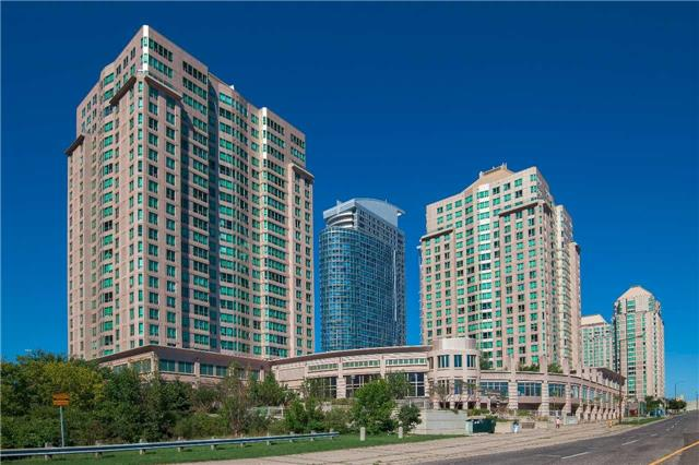 Main Photo: 806 8 Lee Centre Drive in Toronto: Woburn Condo for sale (Toronto E09)  : MLS® # E3596317