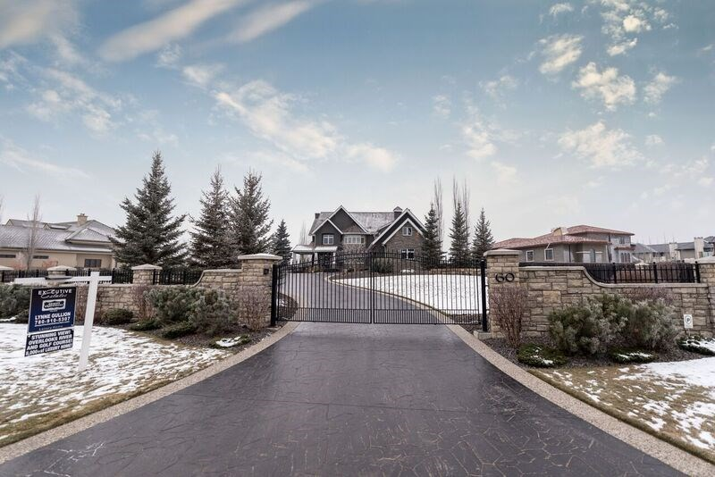 Main Photo: 60 WINDERMERE Drive in Edmonton: Zone 56 House for sale : MLS(r) # E4044979