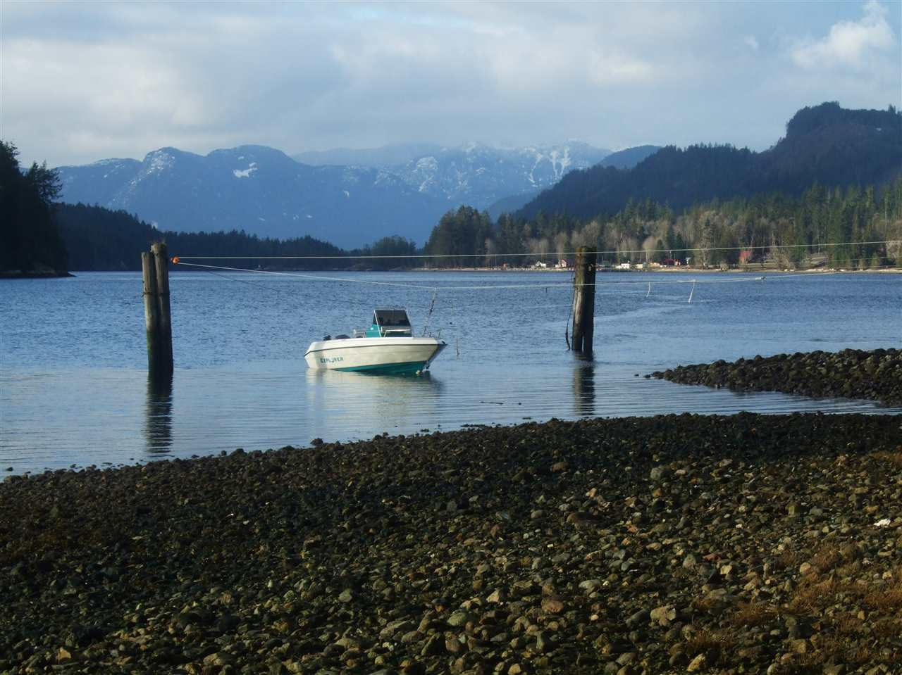 Photo 7: Photos: BLOCK D JAKES Landing in Egmont: Pender Harbour Egmont House for sale (Sunshine Coast)  : MLS® # R2126068