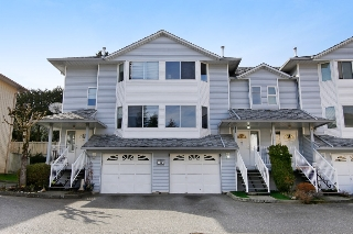 "Main Photo: 44 3087 IMMEL Street in Abbotsford: Central Abbotsford Townhouse for sale in ""Clayburn Estates"" : MLS® # R2147621"