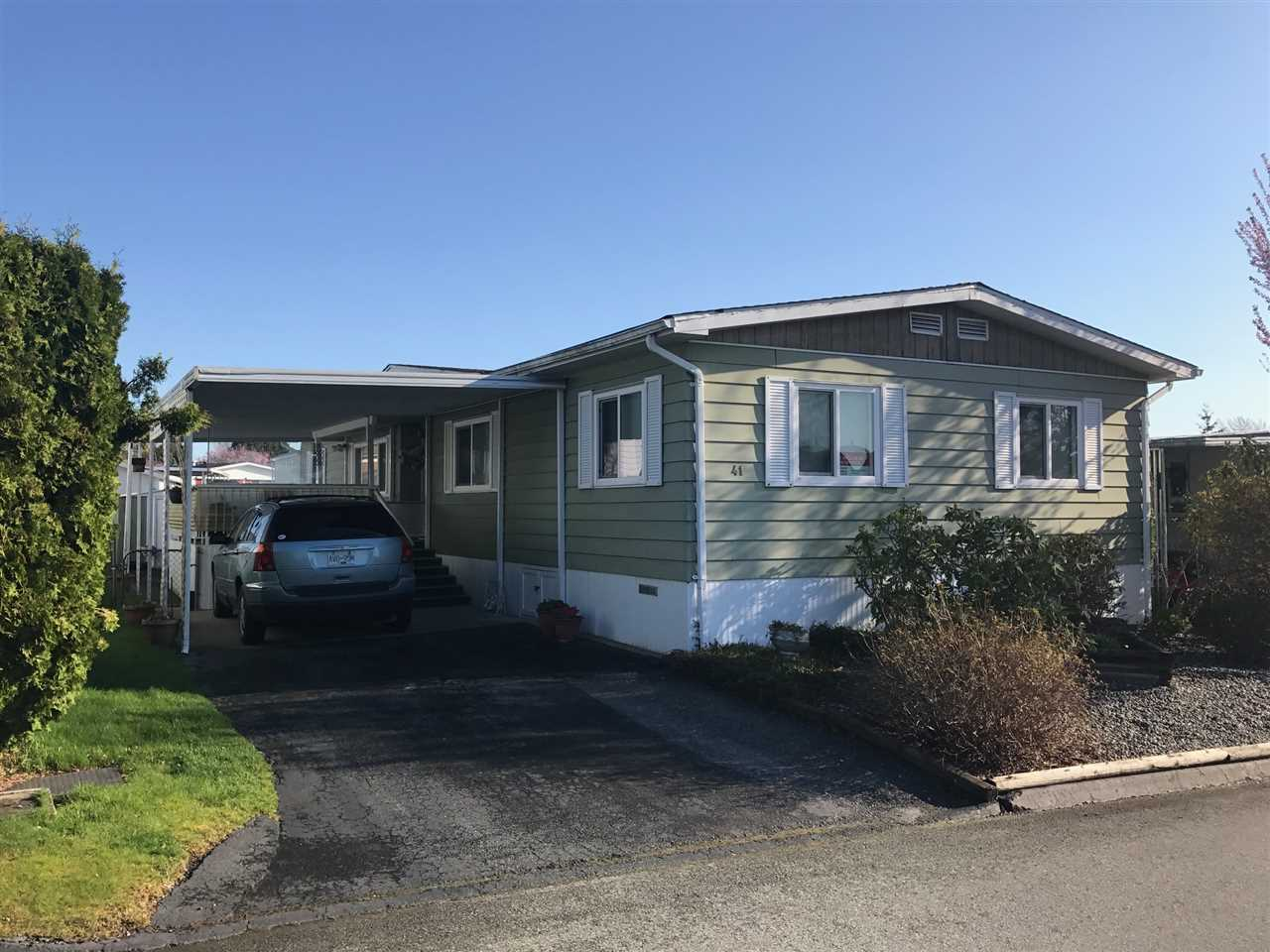"Main Photo: 41 15875 20 Avenue in Surrey: King George Corridor Manufactured Home for sale in ""Searidge Bays"" (South Surrey White Rock)  : MLS®# R2154424"
