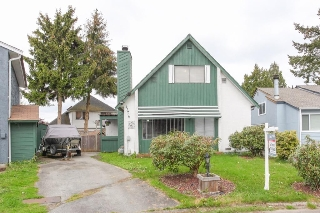 "Main Photo: 12906 72A Avenue in Surrey: West Newton House for sale in ""WEST NEWTON"" : MLS(r) # R2168561"
