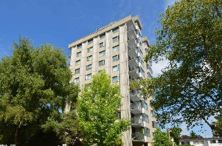 "Main Photo: 904 2165 W 40TH Avenue in Vancouver: Kerrisdale Condo for sale in ""The Veronica"" (Vancouver West)  : MLS® # R2172373"