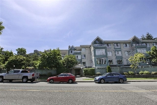 "Main Photo: 405 855 W 16TH Street in North Vancouver: Hamilton Condo for sale in ""GABLES WEST"" : MLS(r) # R2175310"