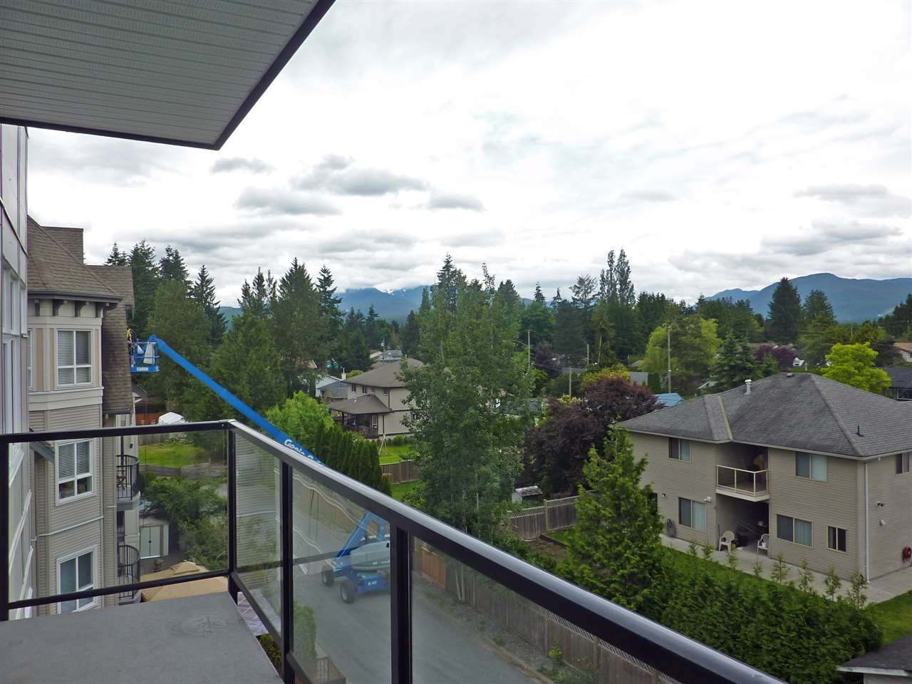 "Photo 16: 415 12070 227 Street in Maple Ridge: East Central Condo for sale in ""STAIONONE"" : MLS(r) # R2178258"