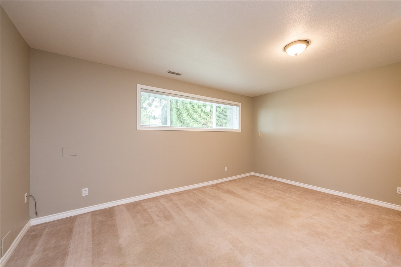 Photo 18: 5914 180 Street in Surrey: Cloverdale BC House for sale (Cloverdale)  : MLS® # R2179581