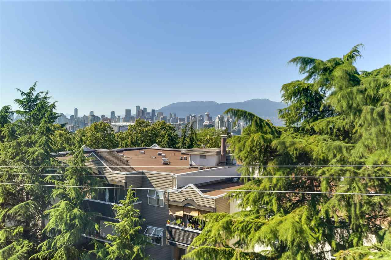 Main Photo: 502 2477 CAROLINA Street in Vancouver: Mount Pleasant VE Condo for sale (Vancouver East)  : MLS®# R2185749