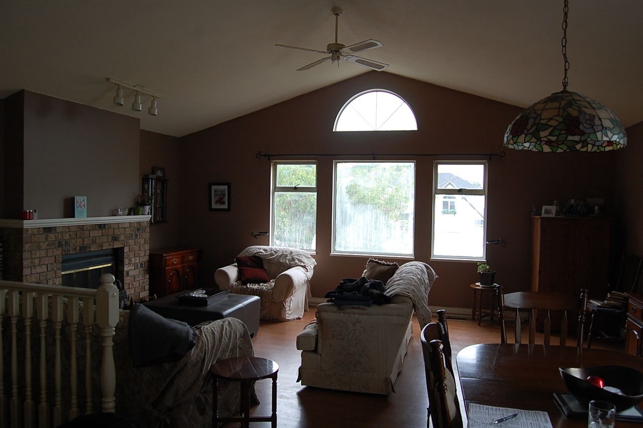 Photo 2: 4721 55A Street in Delta: Delta Manor House for sale (Ladner)  : MLS® # R2191410