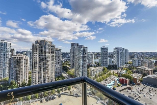 "Main Photo: 2307 977 MAINLAND Street in Vancouver: Yaletown Condo for sale in ""YALETOWN PARK"" (Vancouver West)  : MLS® # R2197475"