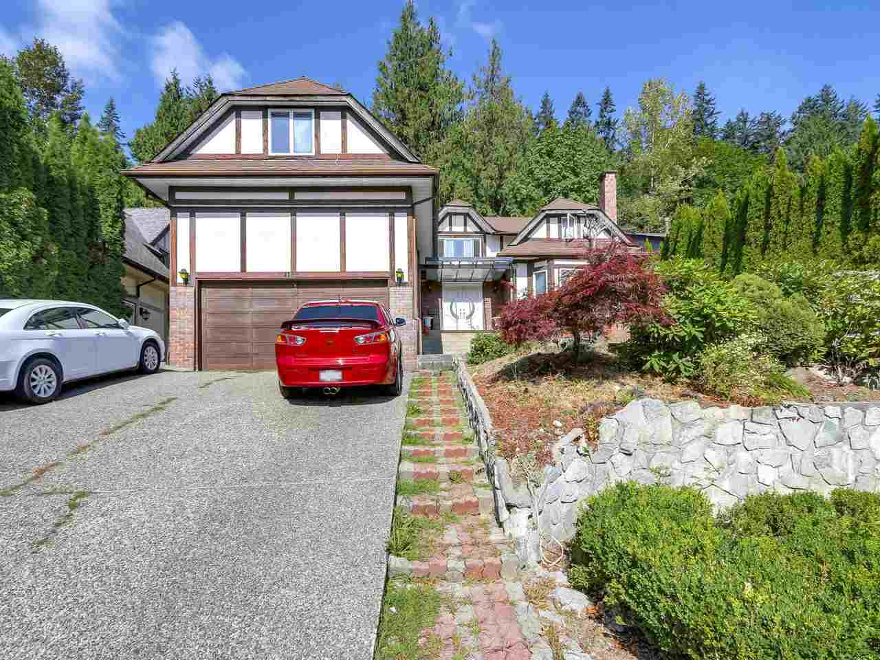 Photo 1: 488 ALOUETTE Drive in Coquitlam: Coquitlam East House for sale : MLS® # R2205071