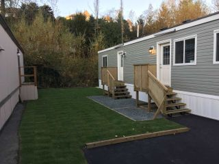"Main Photo: 67 3300 HORN Street in Abbotsford: Central Abbotsford Manufactured Home for sale in ""Georgian Park"" : MLS® # R2211954"