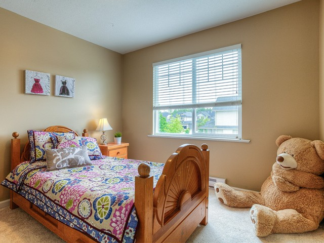 Photo 15: 11241 BLANEY Way in Pitt Meadows: South Meadows House for sale : MLS(r) # V1065023