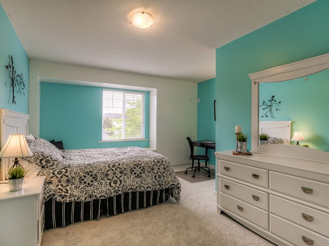 Photo 13: 11241 BLANEY Way in Pitt Meadows: South Meadows House for sale : MLS(r) # V1065023