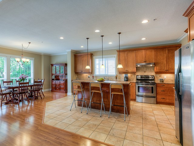 Photo 8: 11241 BLANEY Way in Pitt Meadows: South Meadows House for sale : MLS(r) # V1065023