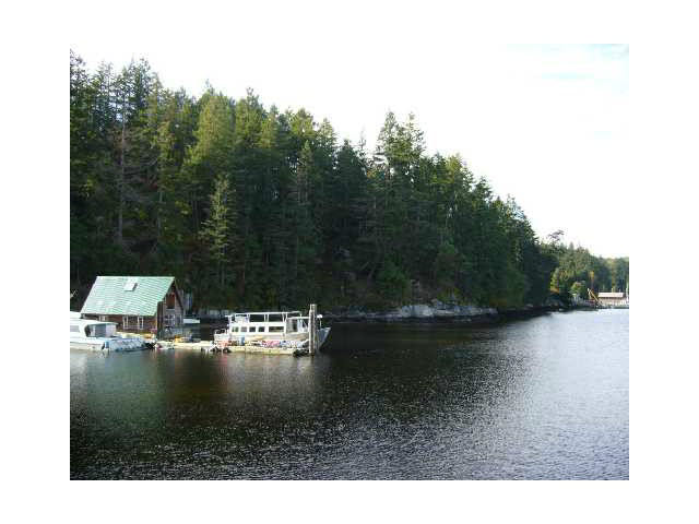 Main Photo: 5720 ANCHOR Road in Sechelt: Sechelt District Home for sale (Sunshine Coast)  : MLS®# V1112882