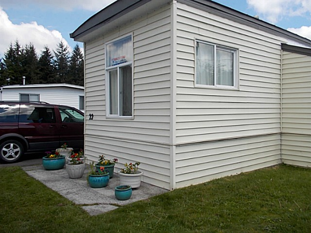 "Main Photo: 22 3031 200 Street in Langley: Brookswood Langley Manufactured Home for sale in ""Cedar Creek"" : MLS® # F1440916"